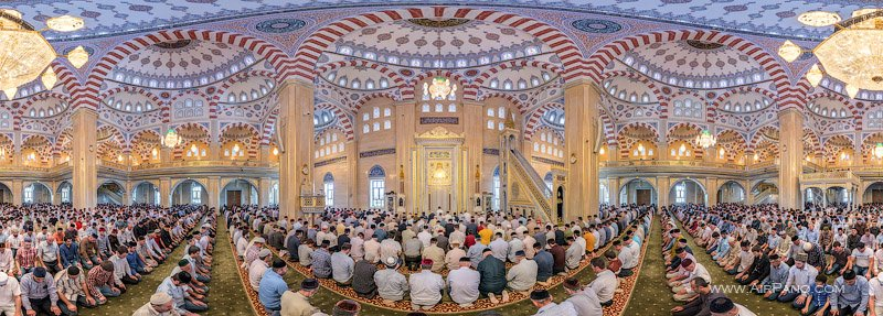 Salat (prayer) in the mosque