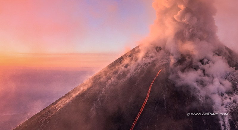 kluchevskaya sopka eruption, Kamchatka