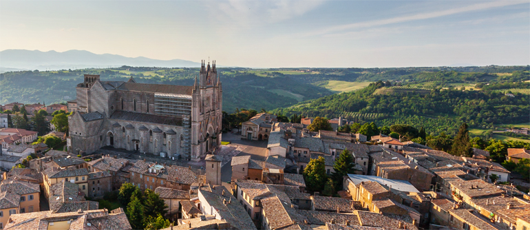 Orvieto, Italy - AirPano.com • 360° Aerial Panoramas • 360° Virtual Tours Around the World