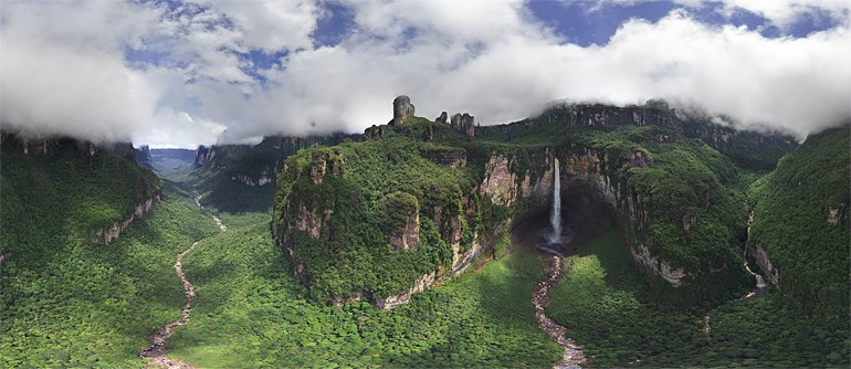 Dragon and Cortina falls, Venezuela - AirPano.com • 360° Aerial Panoramas • 360° Virtual Tours Around the World