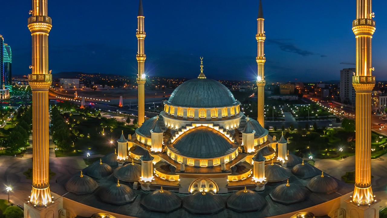 Akhmad Kadyrov Mosque, Grozny, Russia - AirPano.com • 360° Aerial Panoramas • 360° Virtual Tours Around the World