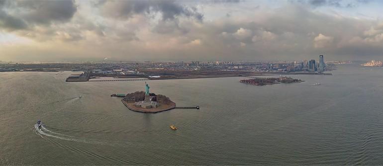 Statue of Liberty, Liberty Island, New York, USA - AirPano.com • 360° Aerial Panoramas • 360° Virtual Tours Around the World