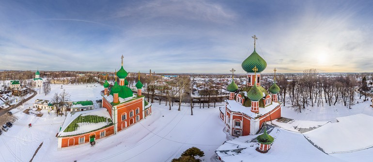 Golden Ring of Russia, Pereslavl-Zalessky - AirPano.com • 360° Aerial Panoramas • 360° Virtual Tours Around the World