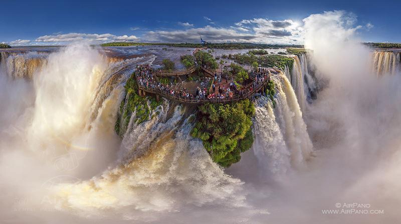 Iguasu Falls, Argentina-Brazil
