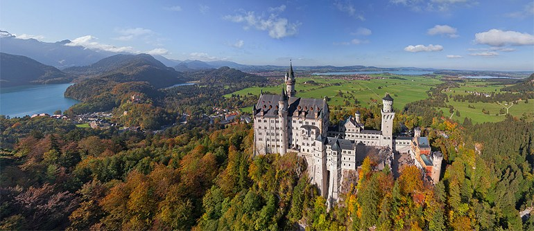 Virtual Tour over Neuschwanstein Castle, Germany - AirPano.com • 360� Aerial Panorama • 3D Virtual Tours Around the World